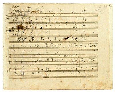 Hiljattain löytyneen Beethovenin Grosse Fugen pianosovituksen käsikirjoitusta.