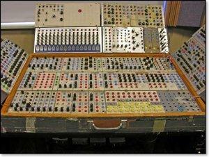 Harvardin alkuperäinen Serge-syntetisaattori