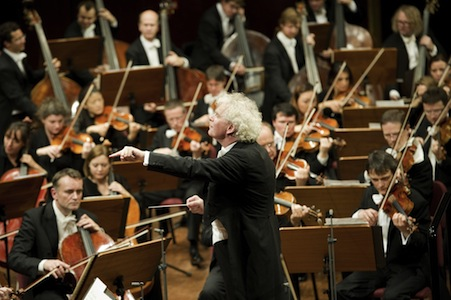 Simon Rattle (kuva: Monika Rittershaus)