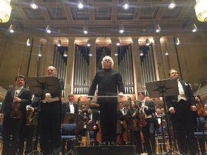 Florian Boesch, Sir Simon Rattle, Andrew Staples sekä Baijerin radion sinfoniaorkesteri ja kuoro huikean Haydn-seikkailun jälkeen Münchenin Herkulessaalissa.