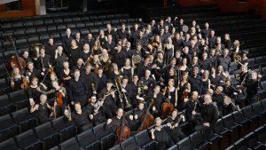 Suomen Kansallisoopperan orkesteri. Kuva © Heikki Tuuli.