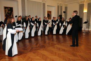 Candominon konsertti 2.10. Triesten Piccolo Teatro la Fenicessä Esko Kallion johdolla