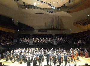 El Niño kuultiin sunnuntaina säveltäjän johdolla Pariisin Philharmoniessa. Kuva © Jari Kallio.