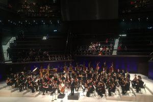 Daniel Barenboim ja West-Eastern Divan Orchestra Musiikkitalossa torstaina. Kuva © Jari Kallio.