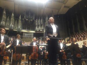 Sir John Eliot Gardiner ja Gewandhaus-orkesteri jatkoivat oivallista yhteistyötään Bachfestilla. Kuva © Jari Kallio.