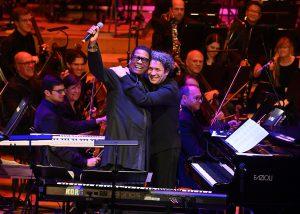 Herbie Hancock, Gustavo Dudamel ja LA Phil Lontoon Barbicanissa tiistaina. Kuva: Mark Allan / Barbican